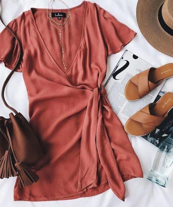 مدل لباس مجلسی دخترانه 1400 + راهنمای خرید و ست کردن مد سال 2021
