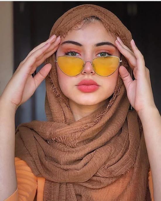 مدل شال و روسری عید نوروز 1400 + راهنمای ست کردن شال و روسری