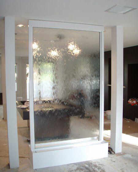طراحی آبشارهای شیشه ای, طراحی های مدرن آبشارهای شیشه ای