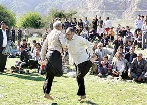 بازی محلی قلعه,قلعه بازی,بازی محلی,بازی محلی ایرانی