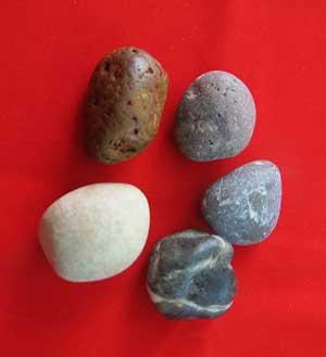 بازی محلی پنج سنگ,بازی محلی,طرز بازی محلی پنج سنگ,