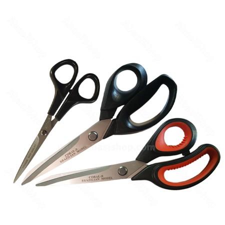 مخترع قیچی, عظیم قیچی ساز, قیچی