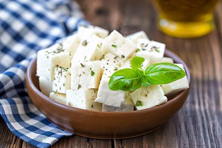پنیر مخصوص سالاد,آشنایی با انواع پنیر و موارد استفاده از آن ها