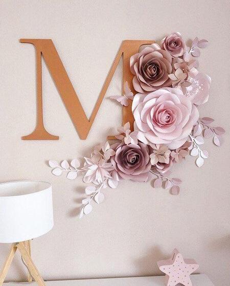 تزیین کردن دیوار با گل های کاغذی,تزیین دیوار با گل کاغذی