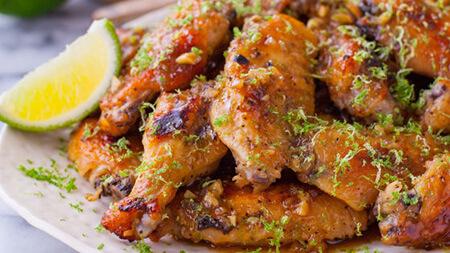 طرز پخت کتف و بال مرغ عسلی, روش پخت کتف و بال مرغ عسلی, طرز درست کردن کتف و بال مرغ عسلی