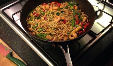 غذای تایلندی با مرغ و میگو,پخت غذاهای تایلندی