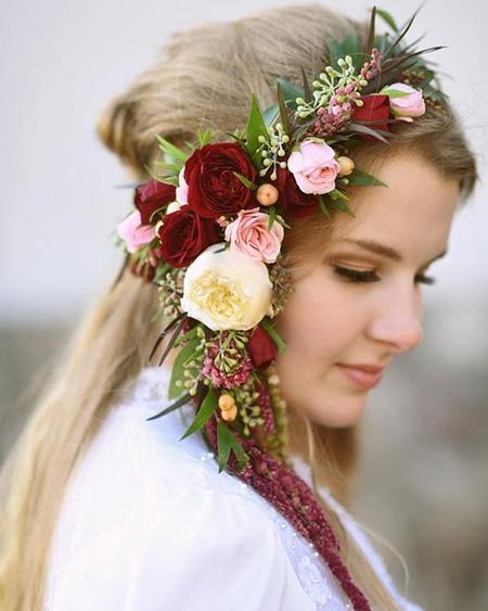 تاج عروس با گل, مدل تاج عروس با گل