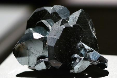 سنگ آهن,انواع سنگ آهن,سنگ آهن چیست