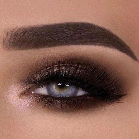 چشم آرایش کرده, مدل خط چشم, آرایش چشم تیره