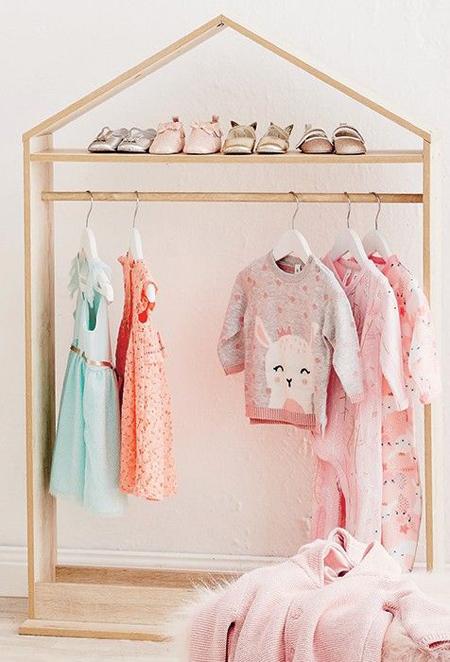 آویز لباس, مدل رگال اتاق کودک