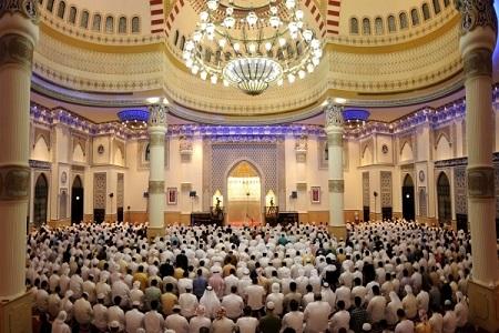 مسجد الفاروق عمربن خطاب, طراحی داخلی مسجد الفاروق, زیباترین مسجد مسلمانان