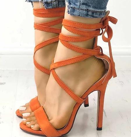 نحوه ست کردن با کفش های پاشنه بلند, ست کردن لباس با کفش پاشنه بلند