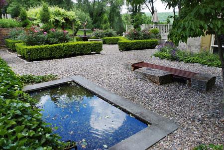 تزیین باغ با سنگ,سنگ فرش حیاط