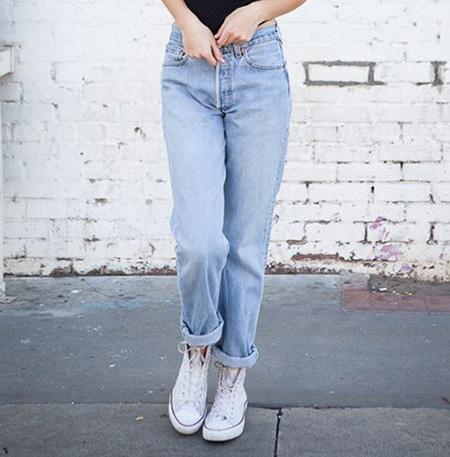 mom3 style pants14 شلوار مام استایل چیست؟ + مدل های شلوار مام استایل