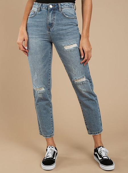mom3 style pants6 شلوار مام استایل چیست؟ + مدل های شلوار مام استایل