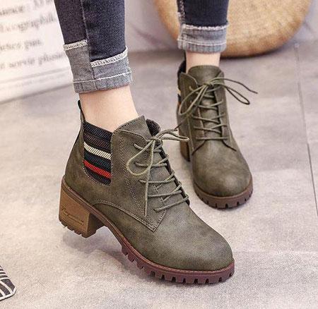 کفش های الزامی برای خانم ها, مدل کفش های زنانه