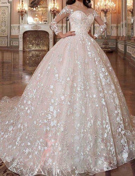tips3 choosing3 bridal2 dress13 آشنایی با انواع لباس عروس + نکاتی برای انتخاب لباس عروس