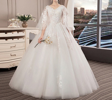 tips3 choosing3 bridal2 dress17 آشنایی با انواع لباس عروس + نکاتی برای انتخاب لباس عروس
