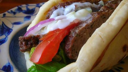 ساندویچ گوشت ژیروسی,طرز تهیه ساندویچ گوشت