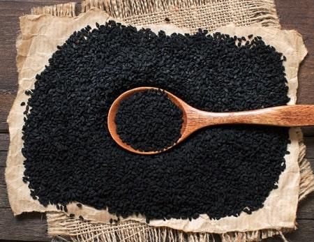 %name خواص و مضرات روغن سیاه دانه چیست؟