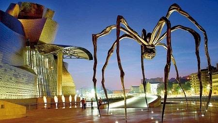 موزه گوگنهایم اسپانیا, نقد موزه گوگنهایم, بررسی موزه گوگنهایم بیلبائو