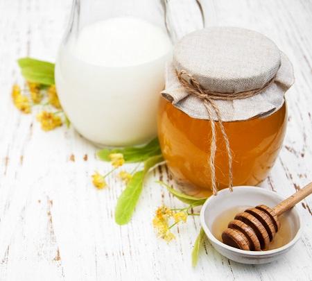 طرز تهیه ماسک شیر و عسل, ماسک شیر و عسل برای دور چشم, ماسک شیر و عسل برای پوست