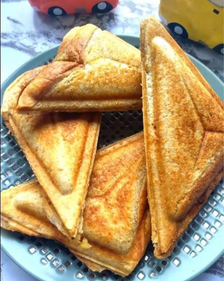 طرز تهیه فست فود با نان تست, غذا با نان تست, انواع غذا با نان تست